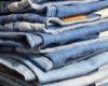 6 Cara Mengatasi Pinggang Celana Jeans Kebesaran Tanpa Mesin Jahit